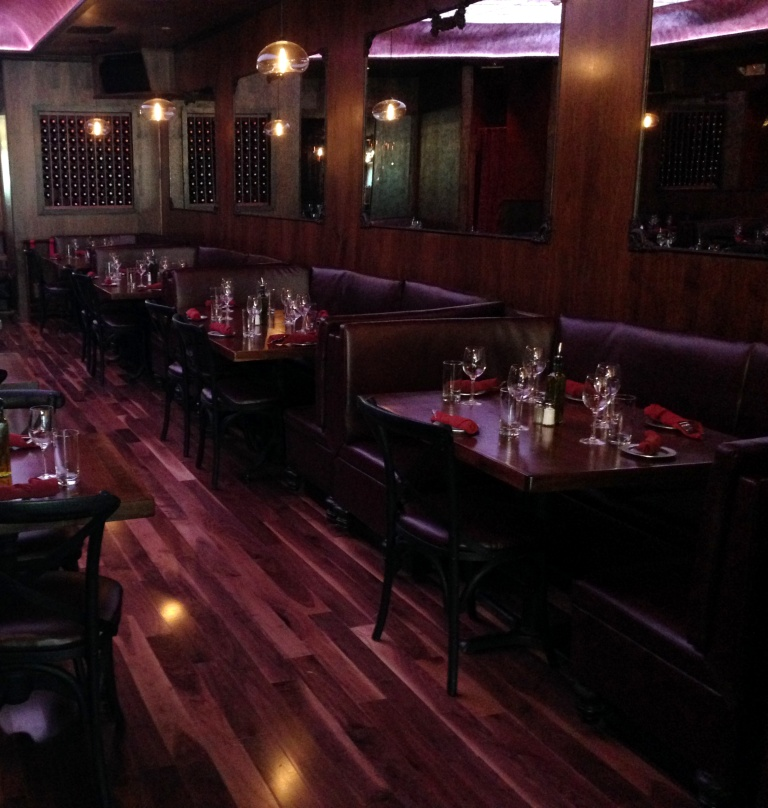Leather banquettes at acacia restaurant in huntington long